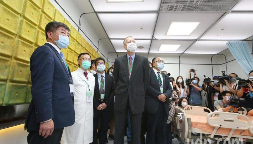 輔大醫院打造智慧防疫病房,Agentflow掌管院區傳送勤務